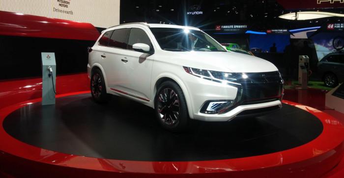 Mitsubishi Outlander PHEV S concept
