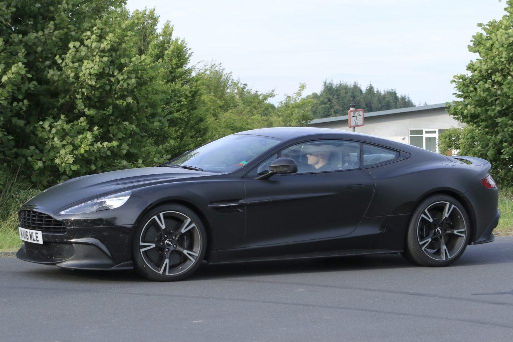 Aston Martin Vanquish S (4)