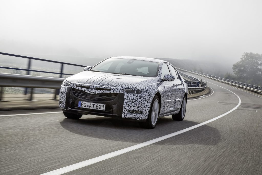 Lightweight athleticism: The new Insignia Grand Sport shows true grandeur – despite being up to 175 kilograms lighter that the outgoing model.