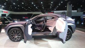 Conceptul Lexus UX, prezentat și în revista 4x4