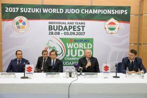 Suzuki_World_Judo_VB2017_Zahonyi_Tamas_Yoshinobu_Abe_Dr_Toth_Laszlo_Dr_K...