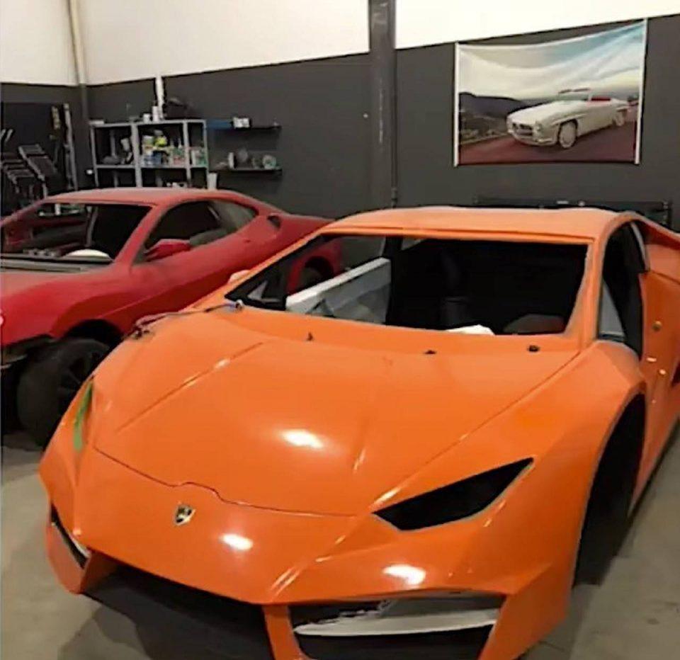 Ferrari Lamborghini false