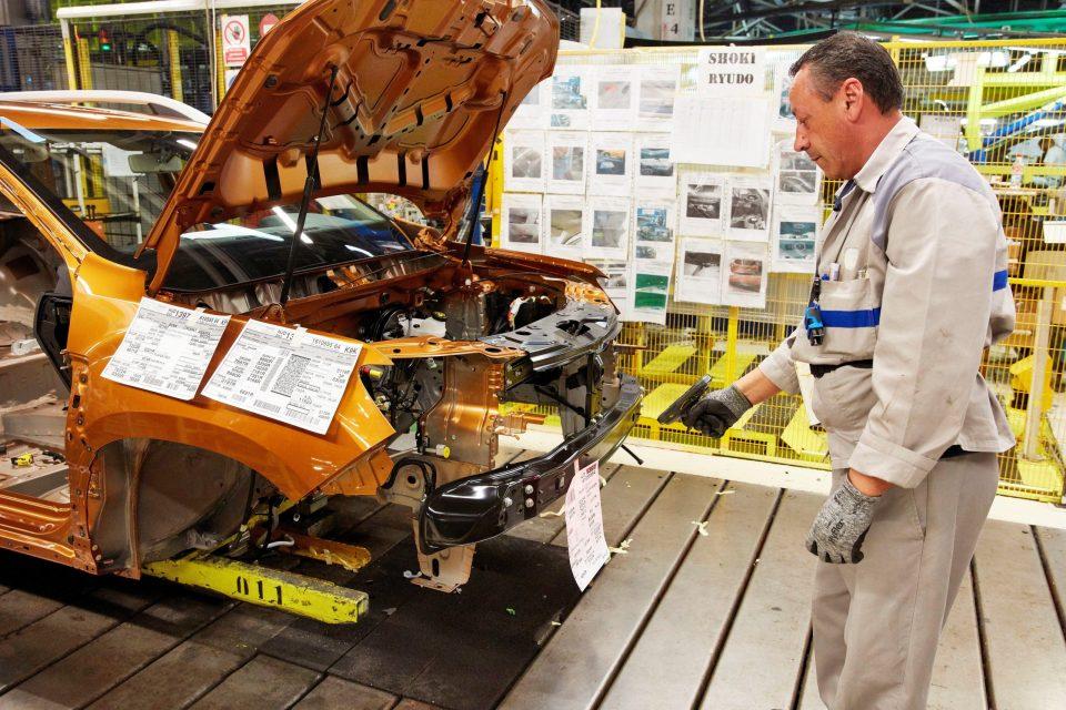 Uzina Dacia Mioveni auto